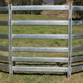 1.6m × 2.1m Livestock Sheep Yard Fence Portable Goat Corral Panel Fencing